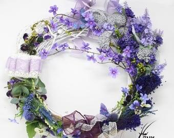 Spring Flower Violet Rules Wreath