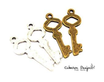 Wholesale charms etsy bulk lot 50pcs of 34x21mm vintage key charm pendants connector wholesale charms antique silverjewelry findings gy158 aloadofball Choice Image