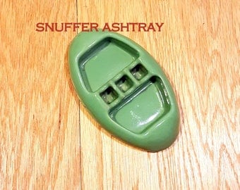 NOVELTY ASHTRAY 1937 Vintage Green Ashtray Game Room Man Cave Tobacciana Collectible Snuffing Butt Snuffer Kitsch Ashtray