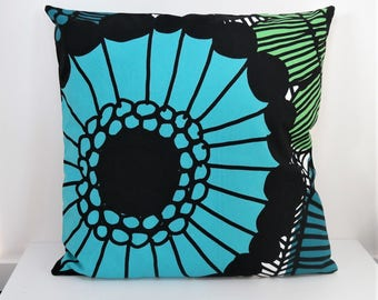Double sided 18'' cushion cover SIIRTOLAP blue, handmade from MARIMEKKO cotton fabric. Pillow size 45x45 cm (18''x18'')