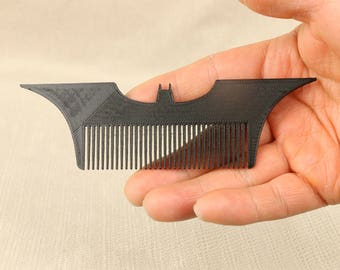 3D-Printed Batarang Hair / Beard Comb