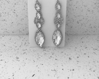 Beautiful silver drop gem diamanté dangle earrings