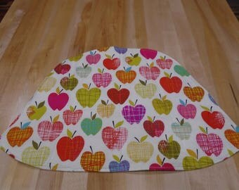Placemats,Round Table Placemats,Set of 4 Placemats,Wedge Placemats,Apple Placemats,Handmade Placemats,Quilted Placemats,Reversible placemats