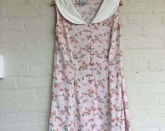 Floral printed sleeveless dress Peter Pan collar pearly buttons size 8 size 10