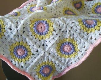 Sunburst granny baby blanket