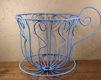 Alice in Wonderland Teacup Centerpiece Wire Blue