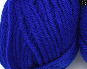 DK Yarn - Superwash Wool - Knitting Yarn - Wool Yarn - Crochet Yarn - Sweater Yarn - Crocheting - Yarn for Sale - Blue Wool - Destash Yarn