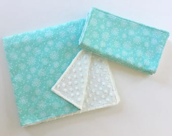 Baby Gift Set, Baby Blanket, Burp Cloths, Minky Baby Blanket, Aqua Mint White, Dandelion Heads, Newborn Gift Set, Baby Shower Gift