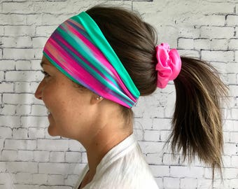Sport chamoire green and pink hair band