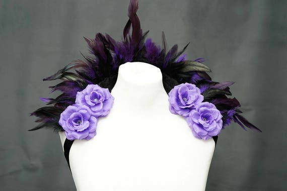 Mini purple feather shouldercollar with violet roses / mini Federshrug collar with purple roses