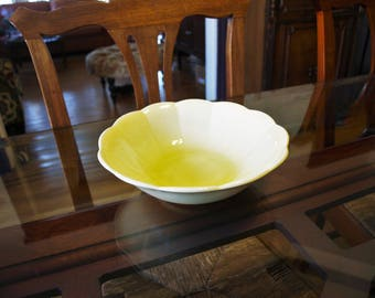 Vintage W.S. George no. 1788 Yellow Petal Serving Bowl – Made in U.S.A.