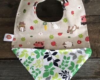 Scalable child baby reversible bib bandana, bavana animals bib closed dog cat sheep pig cow chicken leaf green