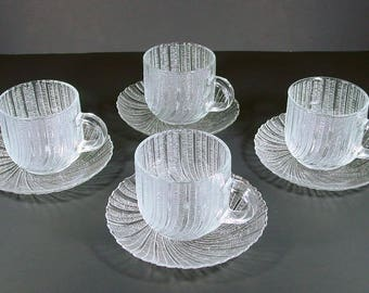 Arcoroc Seabreeze Cups & Saucers (4) Clear Swirl Scalloped Crystal, J.G. Durand