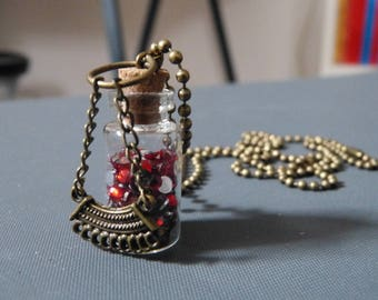 Vial necklace & mosaic
