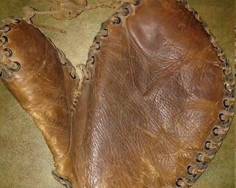 Early 1930s Goldsmith baseball glove basemans mitt