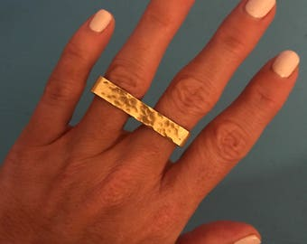 Double Ring Textured in Brass