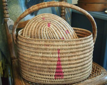 Small Vintage Lidded Woven Storage Basket, Pink Coiled Weave Basket, Country Decor, Farmhouse Style, Sewing & Craft Basket,  Gift Idea