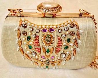 Stunning Embroidered Indian Clutch/Zardosi Clutch/Ethnic Bag /Wedding Clutch/Bridesmaid Clutch/Functional Clutch/Evening Clutch