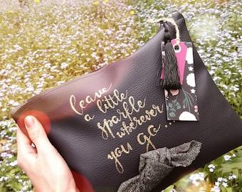 Clutch bag / Cosmetic bag