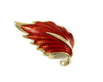 Vintage Red Leaf Brooch, Vintage Leaf Brooch, Fall Brooch, Autumn Brooch, Red Leaf Pin, Leaf Jewelry, Vintage Jewelry, Retro Brooch,