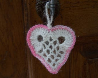 crochet decorations Christmas different color hearts