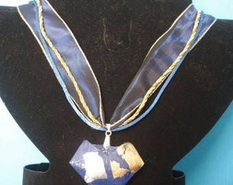 """""""Blue heart"""" pendant with real Origami - (CS_006)"""