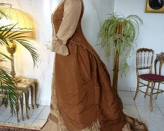 1878 CHAUVET Bustle Gown, Paris, antique dress, antique gown, Victorian Dress, antikes Kleid, robe ancienne