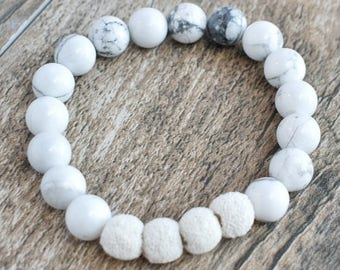 Howlite Diffusing Bracelet with White Lava Beads 7.5""