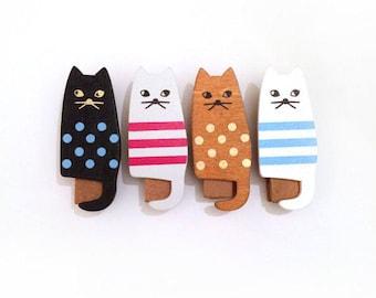Clips kittens 4 piece set wood