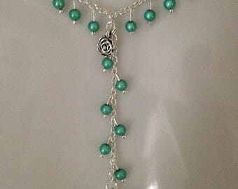 very pretty necklace in the Kelly range