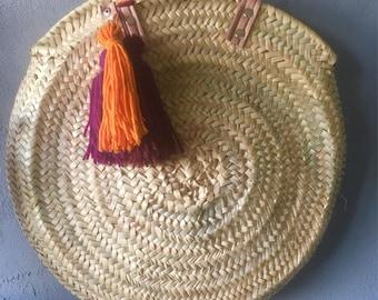 Round beach basket bag customizable tassels