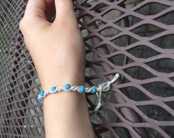 Blue beaded hemp bracelet