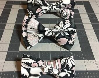 Hawaiian surf print dog bow tie.