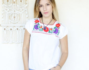 Vintage 70's Mexican Embroidered Tunic Top