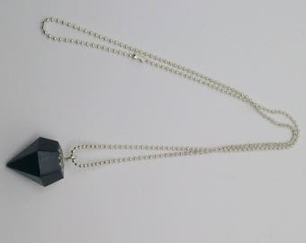 Diamond shaped black resin necklace