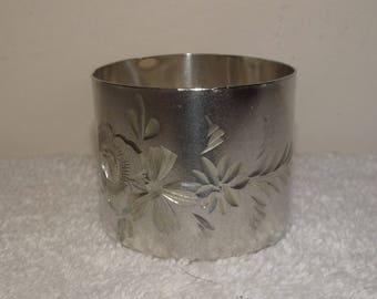 Vintage Floral Etched Silver Plate Napkin Ring Holder