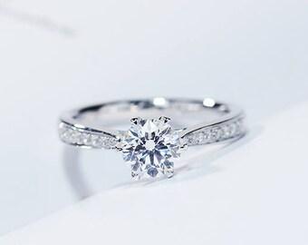 0.8 CARAT Moissanite Engagement ring with natural diamonds in 18k white gold, Bridal Ring,Diamond Alternative engagement ring