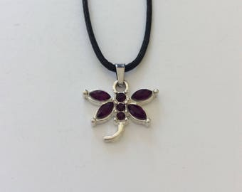 Purple dragonfly necklace / dragonfly jewellery / wildlife jewellery / animal jewellery / animal lover gift
