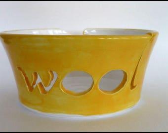 Ceramic Yarn Bowl, Knitting Bowl, Wool Bowl, Crochet Bowl, Pottery Yarn Bowl, Yarn Bowl, Needlecrafts, Knitters Gift, Mothers Day Gift,