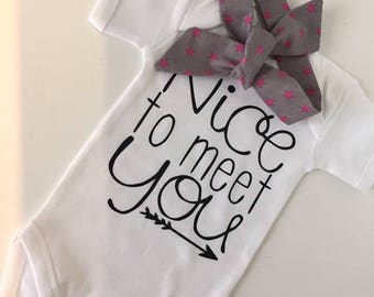 Nice to meet you / Baby T-Shirt / Bodysuit / Personalized Gift / Personalised Baby Shower Gift T-Shirt / Birthday Gift