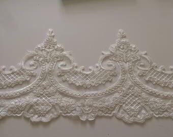 White lace guipure 20 cm wide