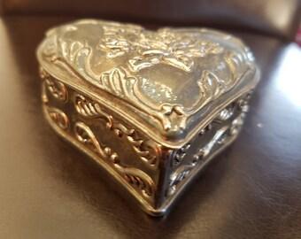 Gorgeous Vintage Metal Heart Shaped Trinket/Pill Box