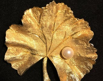 Vintage Ledo Brushed Gold Tone Large Detailed Leaf with Single Faux White Pearl. Celebrate Fall