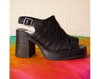 Vintage Street Feet Platform Chunky Heeled Sandals