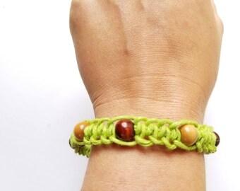 Hemp bracelet/anklet green and wooden beads