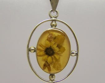 sterling silver dry flower on lucite pendant #51