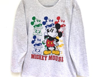 Mickey Mouse knit wear shirt M size