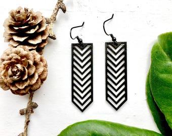 SALE! MINI TIKKA laser cut wood earrings / red earrings / geometric earrings / wooden drop earrings / tribal earrings