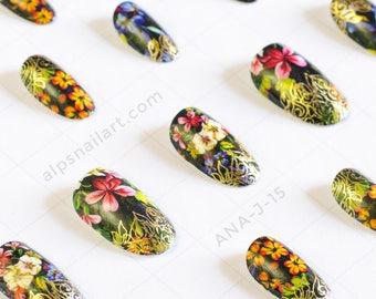 Press On Nails - Floral Nails- Glue On nails - wedding nails- Faux Nails -artificial nails - false nails - Free International Shipping