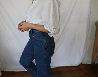 Women's High Waisted Mom Jeans Size 27